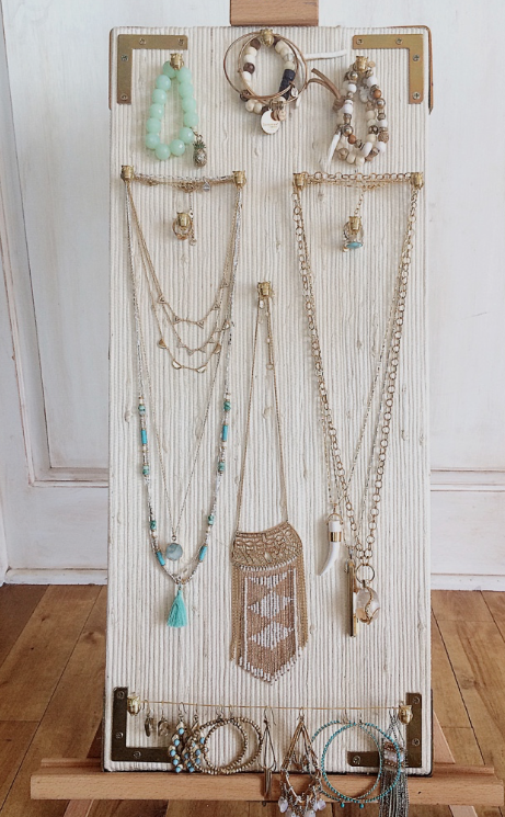Jewellery Stand Designs : Diy jewelry stand by hang the moon designs on ellerydesigns