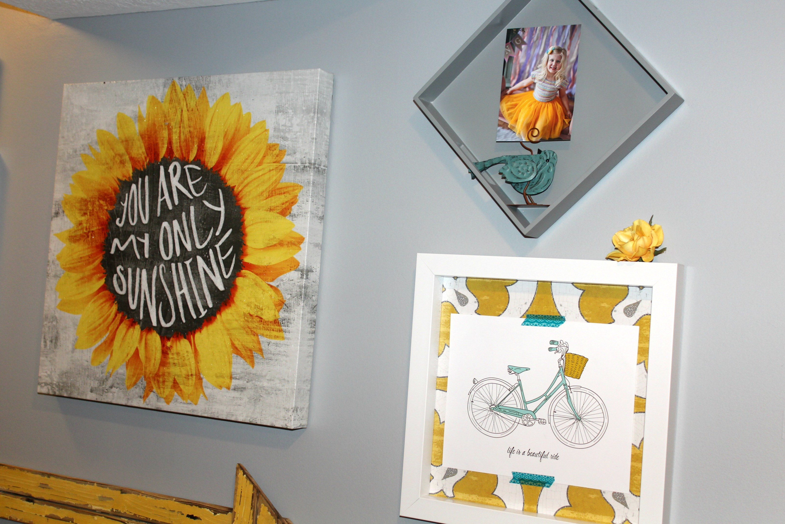 Styling a Unique Gallery Wall with Designer Living at ElleryDesigns.com